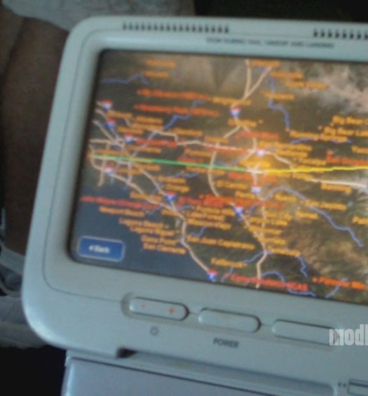 United Airlines Mileage Plus >> Video   United Embraer ERJ-170 First Class Seat 1D ...