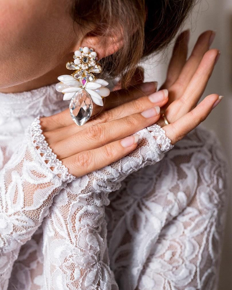 Svadobné šaty_svadobne_nausnice_ElishaFox_svadobne_doplnky