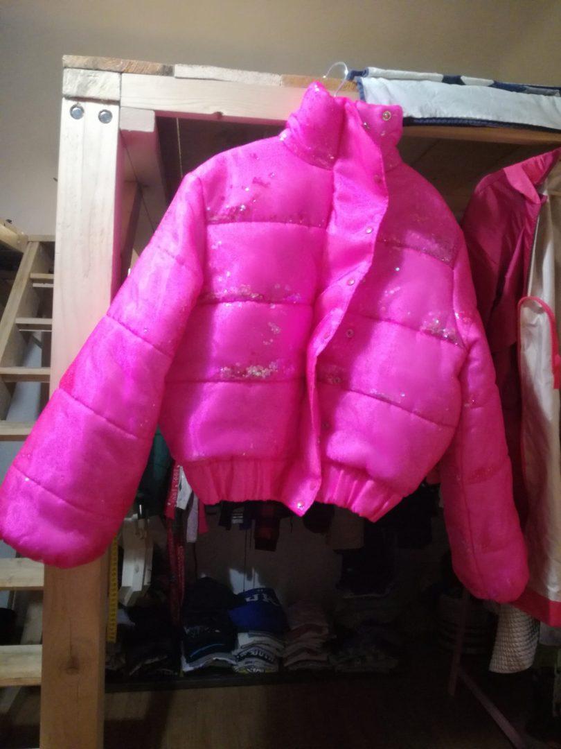 Atelier modna navrharka Petra Kovacs modny blog blogerka Modny tucet bunda s trblietkami