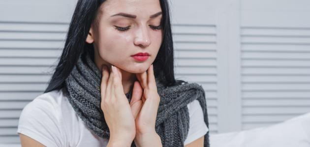 أعراض الغدة الدرقية الخاملة موضوع