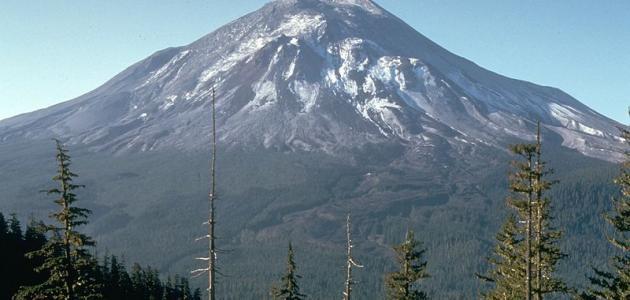 أكبر جبل في العالم موضوع