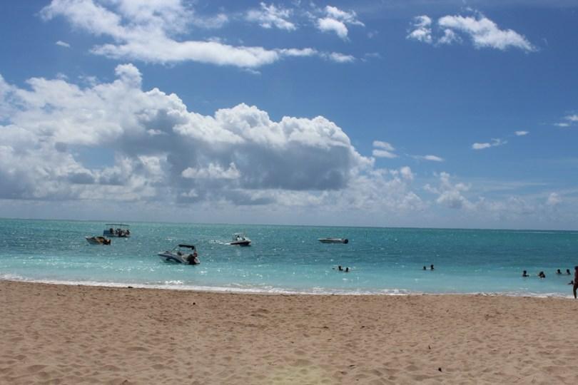 praia-de-burgalhau