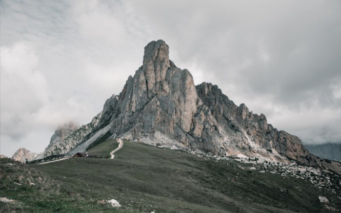 rutas de senderismo dolomitas passo giau