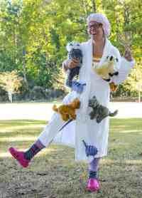 Crazy Cat Lady Costume for Halloween - Mod Podge Rocks