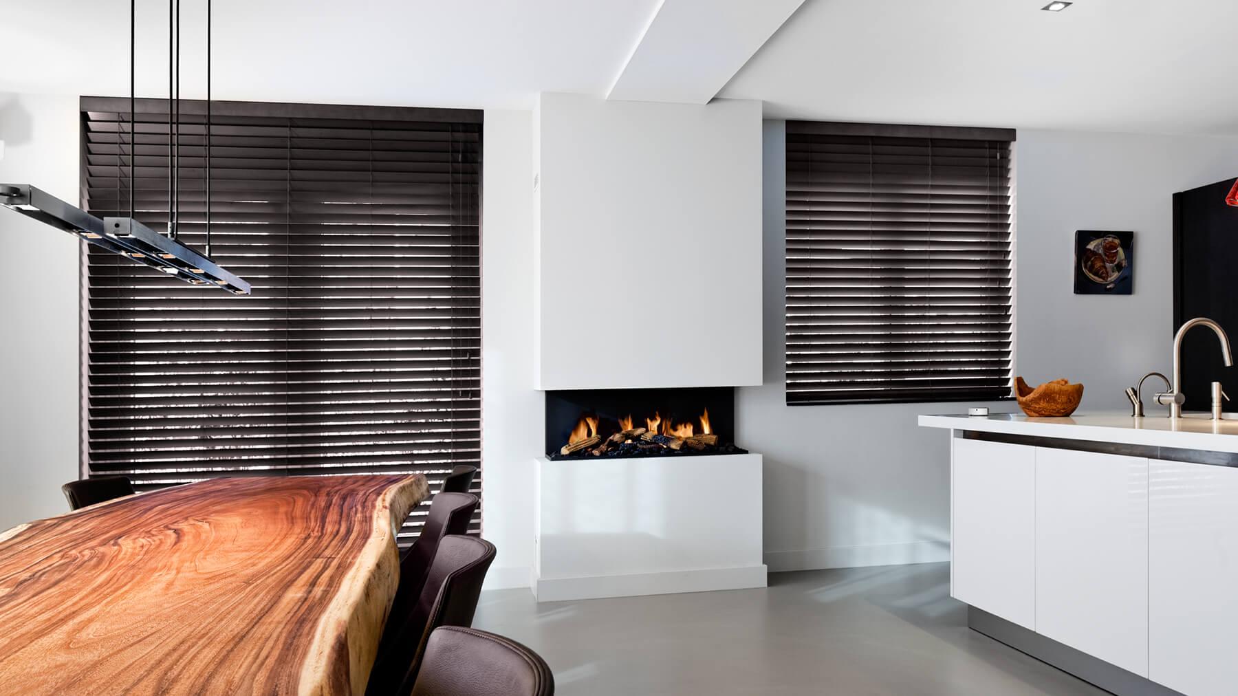 Modern Fireplaces I Bespoke Fireplaces I Contemporary Fireplaces