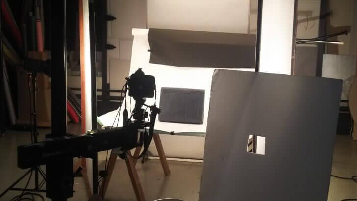 スタジオにてmoeのバッグの撮影