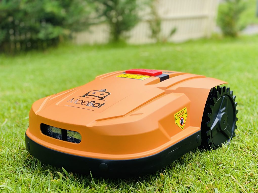 Robot Lawn Mower - Moebot Works