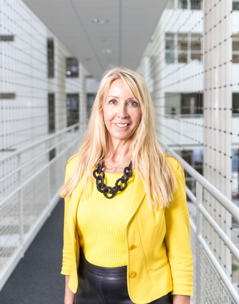 Wethouder Liesbeth van Tongeren Gemeente Den Haag Energietransitie Moerwijk Coöperatie Neo de Bono