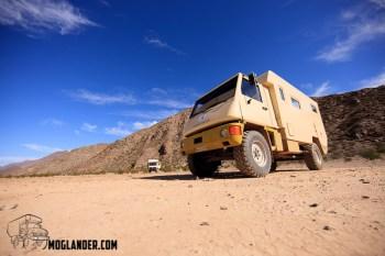 Thirdgear truck looks nice in front of the Moglander