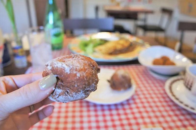 オランダ家庭料理のお店 STAMPPOT(スタンポット)/札幌市 スタンポットさんではラムレーズンを練りこんだものを提供している