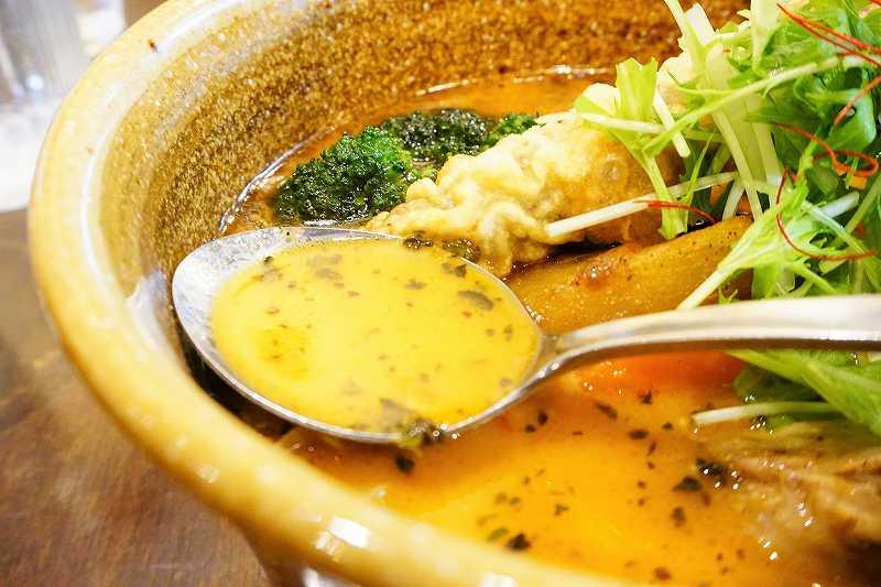 ソウルストアの濃厚スープ