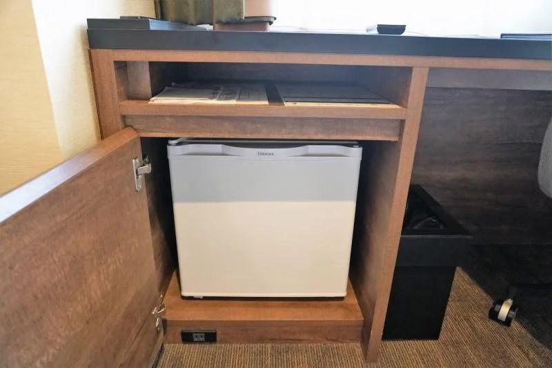 レンブラントスタイル札幌のダブルルームの冷蔵庫