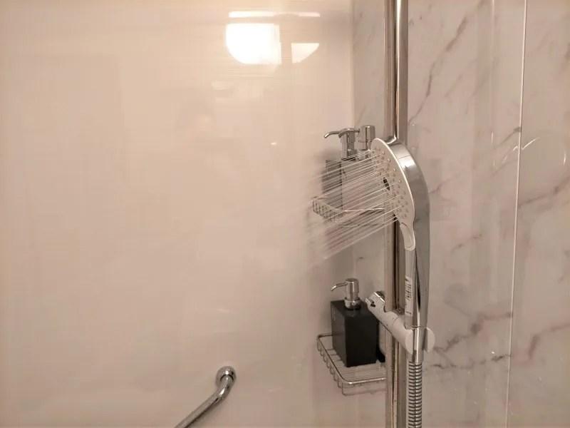 ザノット札幌のスタンダードツインルームのシャワー