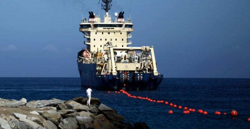 undersea fiber cable