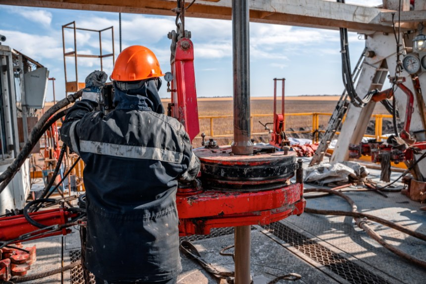 Nigeria Low oil prices oil-dependent crudequake