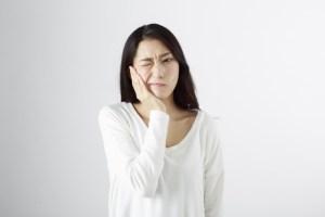 果物 歯 しみる 対策 治療