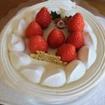 ケーキ 号数 5人 ホールケーキ 切り方 5等分 値段