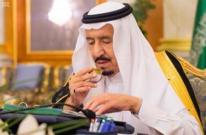 مقولة الحل في الرياض  ، وأزمة لبنان