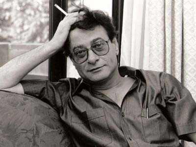 قصيدة/ أنْزِلْ، هنا، و الآن .. للشاعر الكبير/ محمود درويش