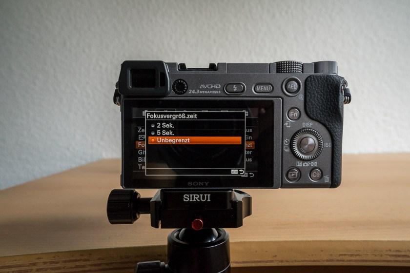 Manuelles Fokussieren Sony A6000 und A7 Reihe: Dauer der Fokuslupe einstellen