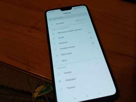 MIUI-10-ROM-On-OnePlus-6-Mohamedovic-04