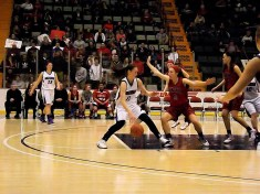 Nina Fedullo drives to the basket