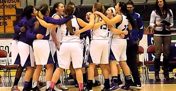 girls_basketball_article