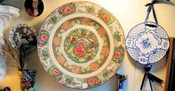 Chinese rose medallion porcelain plate from the mid 18th century
