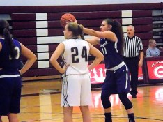 Nina Fedullo lining up a free throw