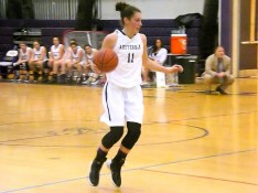 Nina Fedullo with the ball
