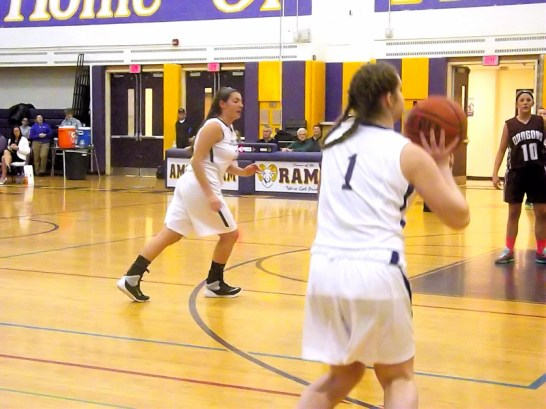 Maria Lomanto lines up a three pointer
