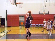 Maria Lomanto goes up for two