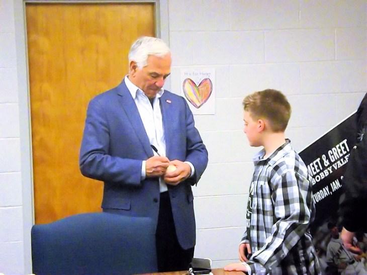 Keynote Speaker Bobby Valentine signing autographs