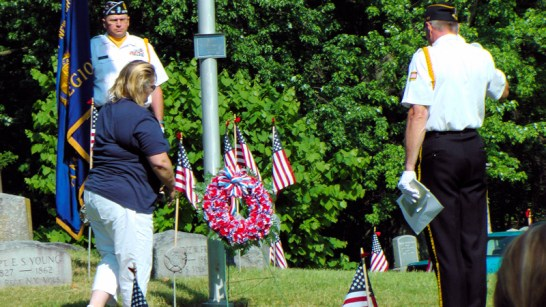 Sherri Zwack lays wreath (Pres. Ladies Aux., Post 701)