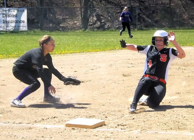 Schuylerville's Katelyn Weed slides into third past Emma Patrei
