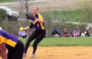 shortstop Emma Patrei making a throw