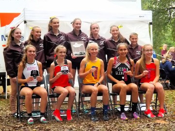 Lazarou (front left) with the Section 2 Class B state team