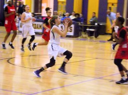 Lucia Liverio with the ball