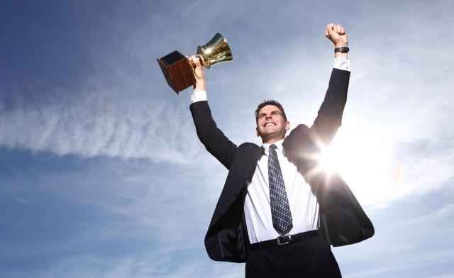 7 cách nghĩ khác biệt của những người giàu có và thành công