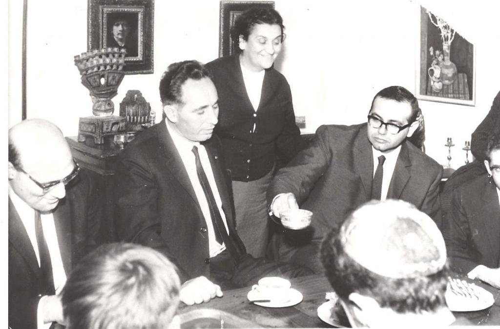 Shimon Pères avec Shatta Simon en 1965