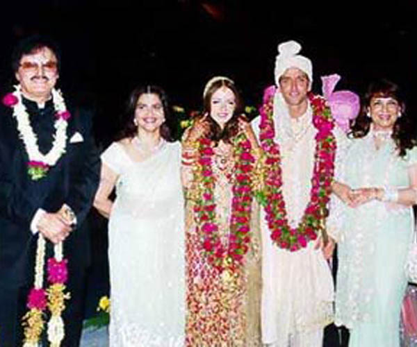 your living room fireplaces decorating ideas hrithik roshan wedding pictures * | recent top news