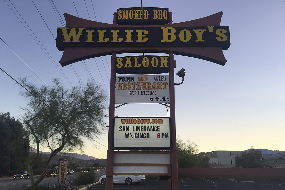 hight resolution of  willie boy s saloon in morongo valley on state highway 62 photo kim stringfellow