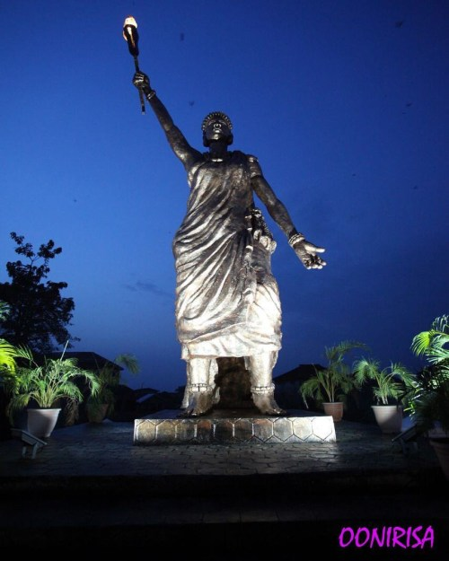 Ooni Of Ife Unveils 42 feet tall Statue Of Moremi Ajasoro, The Third Tallest Statue In Africa
