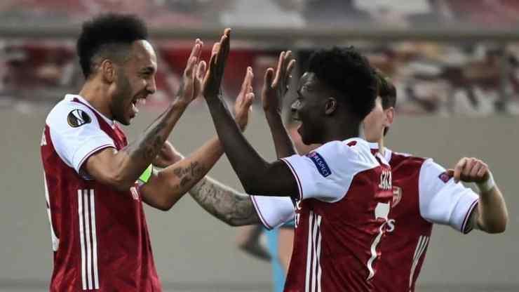 Aubameyang celebrating his goal with his team mates.