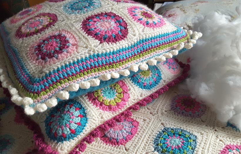 bobble-edge-cushions