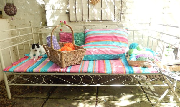 sunny-day-bed