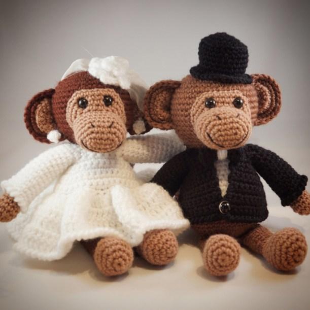 Free tiny monkey crochet pattern - Amigurumi Today | 611x611