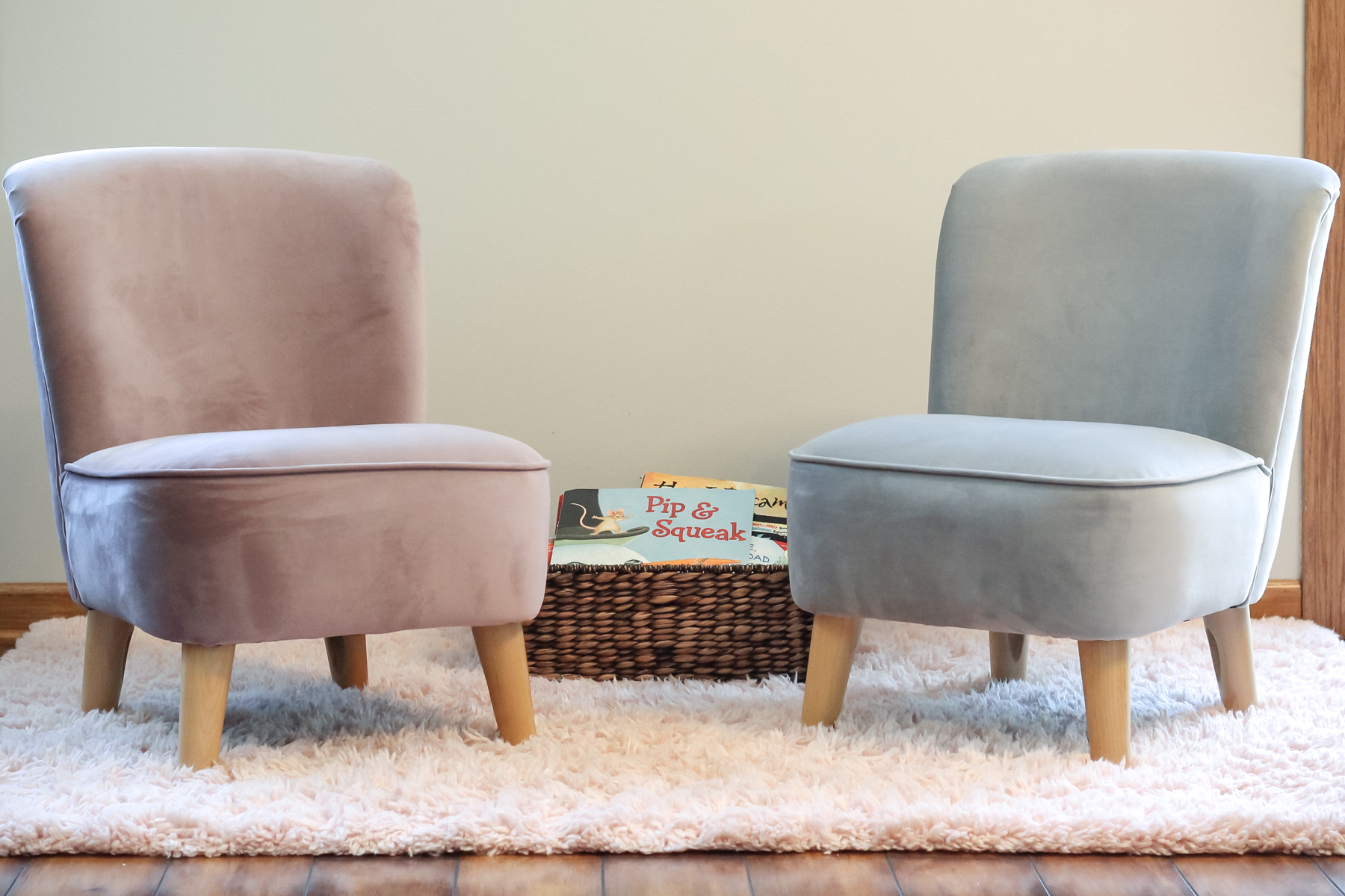 I Truly Believe That You Can Feel The Softness In The Photos. Each Chair Is  Silky Soft, Incredibly Smooth, And Ultra Plush.