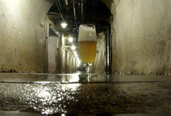 Pilsner Urquell w piwnicach Prazdroju