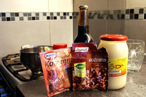 Piwo Grzane Ciemne Stout (1)
